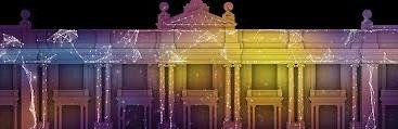 Tiyatro sahneleri yeni teknoloji sayesinde renkleniyo, canlanıyor. Tiyatro sahnesinde video tasarımı uygulaması ile sahne dekorlarını bir saniyede ve çok daha güçlü görüntülerle değiştirmek mümkün oluyor.