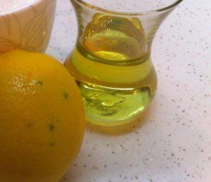 vücudun her bölgesinde olduğu gibi karaciğerimiz içinde şifalı bir içecek var. Zeytinyağı ve limon reçetesi haberimizde…