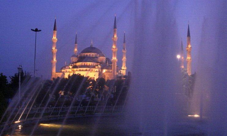 sultanahmet yaz gecelerinde bir başka güzel