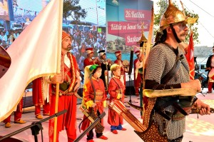 katibim-festivali-uskudar-mehter-sahnede