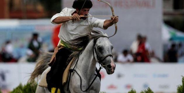 Farklı kültürlerden sporcular Etnospor'a katıldı