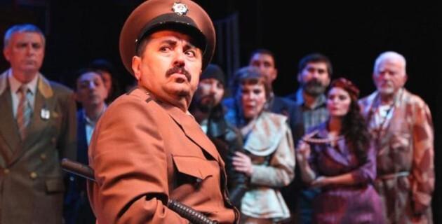 Şehir tiyatroları yerli oyunları artıracak